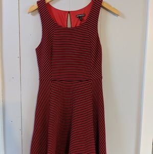 Express red and black dress size xs